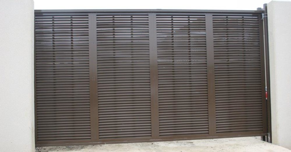 PalmSHIELD Louvers. Data Centers security solution. A great louvered equipment enclosure.