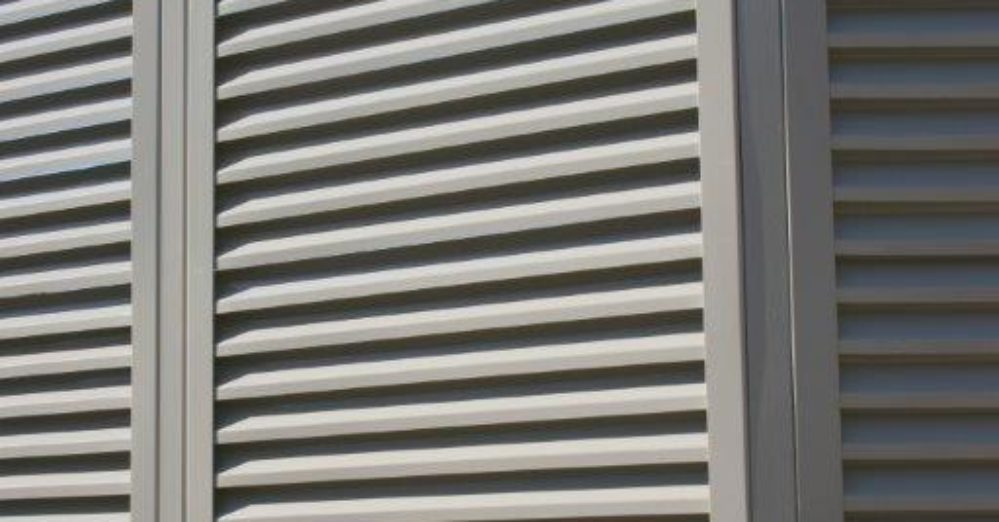 PalmSHIELD Louvers. Positive air flow and limited visibility.