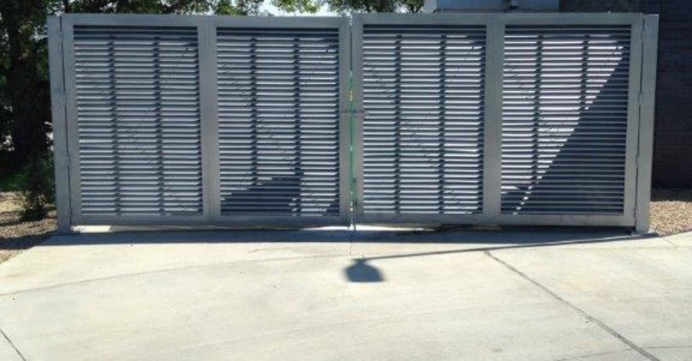 PalmSHIELD is the ultimate louvered screen wall. PalmSHIELD Louvers. Perfect solution for trash enclosures