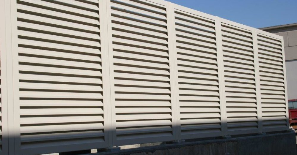 PalmSHIELD Louvers. Mechanical equipment louvered screen system.
