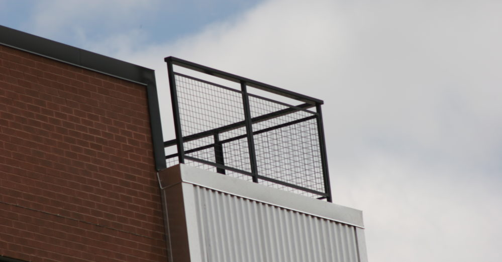 Balcony wire mesh panels