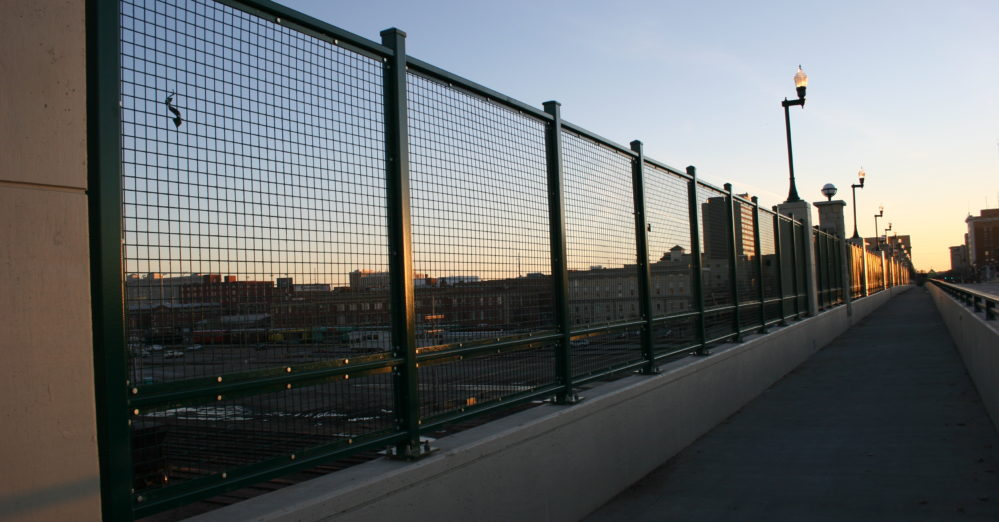 square wire railing square wire panels square wire railings welded wire panels crimped square wire mesh panels architectural wire panels architectural square wire fencing