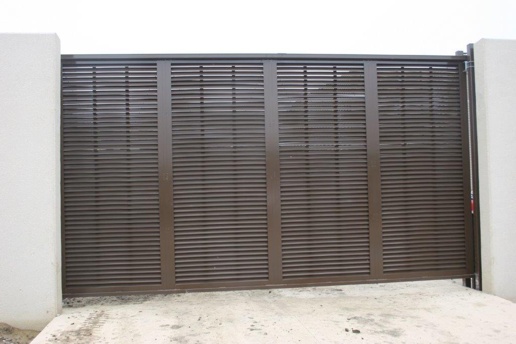 PalmSHIELD horizontal louver commercial slide gate