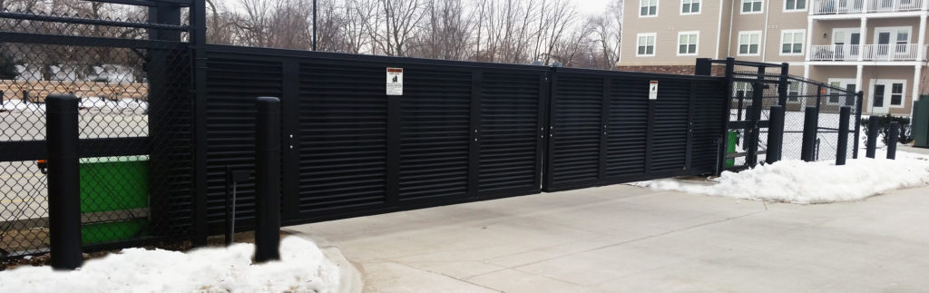 Louvered industrial cantilever gate