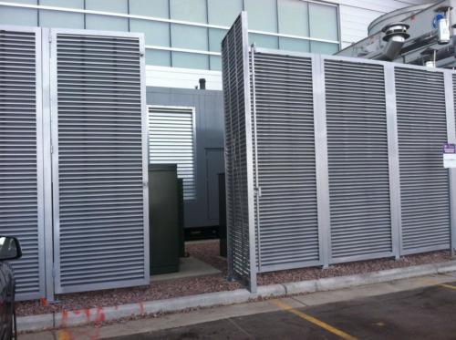 Single swing louvered commercial swing gate