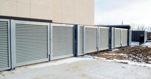 Aluminum louvered equipment screening